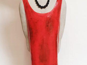 "Skulptur – ""LADY IN RED"""