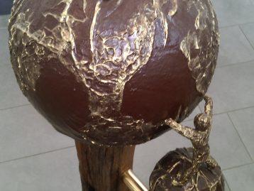 """Skulptur – """"EROBERUNG NEUER WELTEN"""" (verkauft)"""